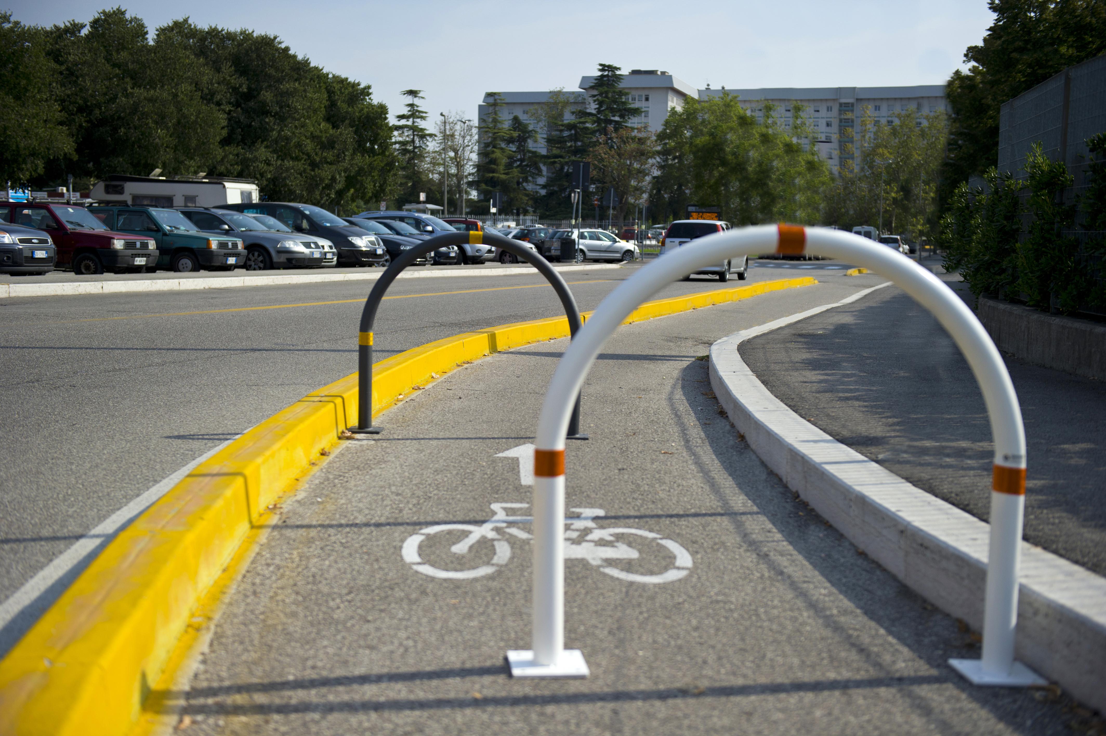 dissuasore stradale biciclette
